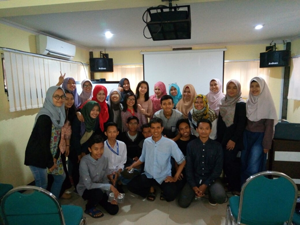 Blog Coaching Clinic Blogger Perempuan Network di Jember